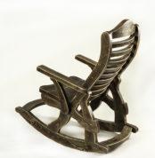Кресло-качалка вид сзади